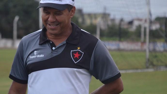 Ramiro Sousa, técnico interino do Botafogo-pb (Foto: Larissa Keren / GloboEsporte.com/pb)