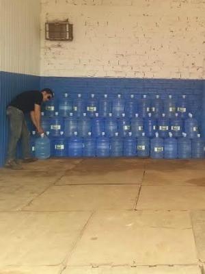 Depósito de água está quase vazio, em Guajará-Mirim (Foto: Dayanne Saldanha/G1)