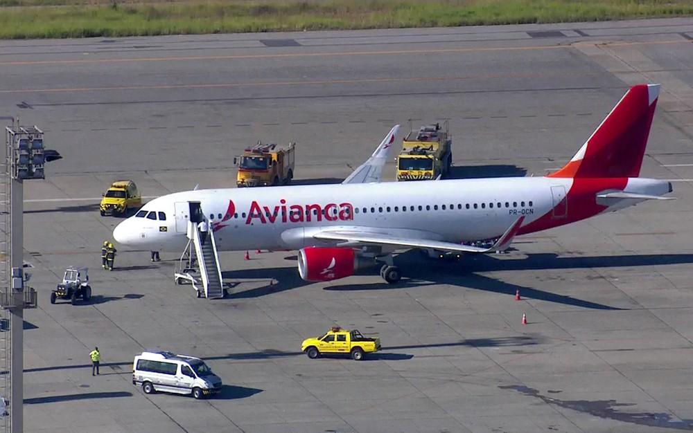 Avião faz pouso de emergência em Cumbica após princípio de incêndio