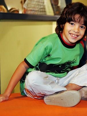 Matheus Costa como Rique, na novela América (2005) (Foto: Renato Rocha Miranda/Globo)