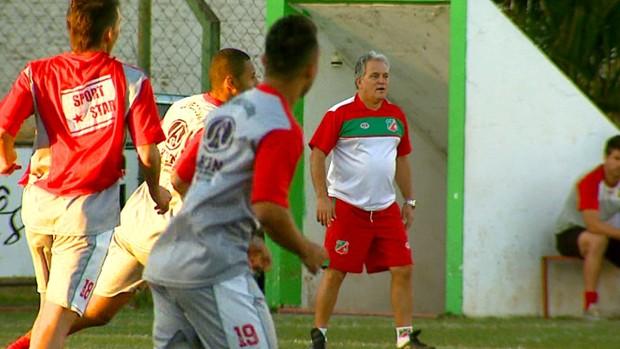 Técnico João Vallim, do Velo Clube (Foto: Reprodução / EPTV)