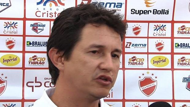 Tim, diretor de futebol do Vila Nova (Foto: Reprodução/TV Anhanguera)