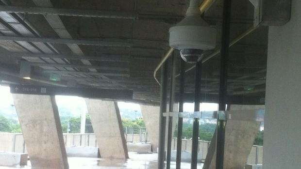 Câmeras de segurança do Mineirão (Foto: Maurício Paulucci / Globoesporte.com)