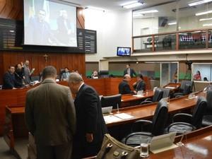 Vereadores de Cuiabá mudaram de ideia quanto à criação da nova verba em uma semana: agora, alegam vícios no projeto de lei que eles mesmos aprovaram. (Foto: Rafael Martine/Câmara de Cuiabá)