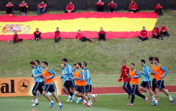 jogadores espanha treino eurocopa 2012 (Foto: Agência Reuters)