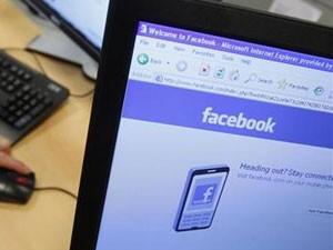 Facebook tem hoje mais de 750 milhões de usuários (Foto: Thierry Roge/Reuters)