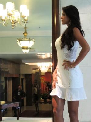 Miss Brasil faz simulação de desfile (Foto: Tatiana Lopes/G1)