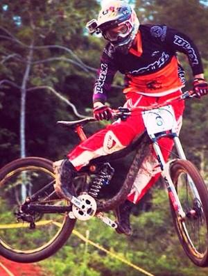 Roger Vieira downhill (Foto: Arquivo Pessoal)