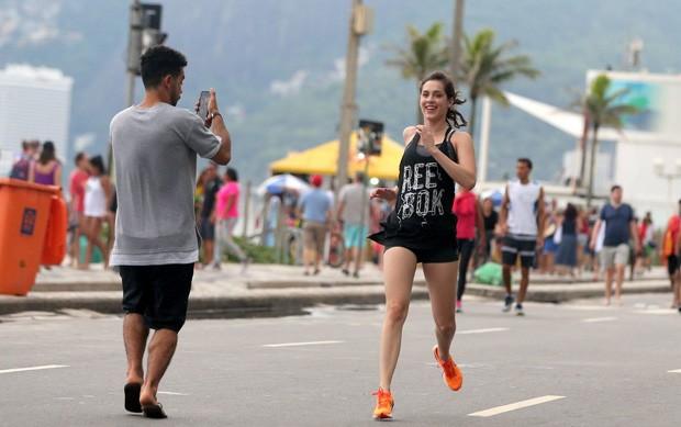 Sérgio Malheiros registra treino de Sophia Abrahão  (Foto: André Freitas / AgNews      )
