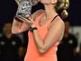 Kvitova domina ucraniana e fatura 19º título da carreira em torneio na China