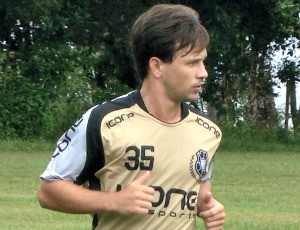 Andrezinha, meia do Rio Branco-ES (Foto: Divulgação/Rio Branco-ES)