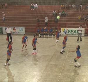 Campeonato Acreano de Vôlei Infanto-Juvenil feminino no Álvaro Dantas (Foto: Divulgação/Feav)