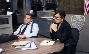 "Law and Order: SVU - ""Comlicated"" (5Ep19T)"