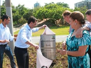 Prefeito de Florianópolis participou da cerimônia de abertura do mirante (Foto: Petra Mafalda)