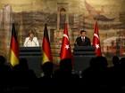Merkel diz que apoia Turquia na UE em troca de ajuda com imigrantes
