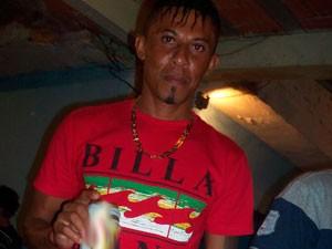 Corpo de homem está há 2 anos para ser liberado do DPT, em Salvador (Foto: Reprodução/TV Bahia)