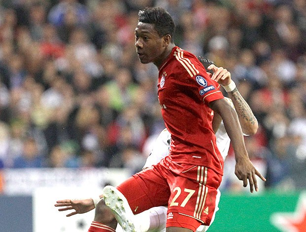 David Alaba na partida do Bayern de Munique (Foto: AP)