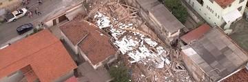 Prédio em obras desaba em Belo Horizonte; 1 ferido (Reprodução/TV Globo)