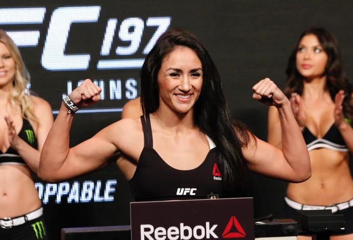 Pesagem Carla Esparza UFC 197 (Foto: Evelyn Rodrigues)