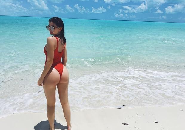 Selfie sexy: uma das especialidades de Kylie Jenner em seu feed do Instagram (Foto: Reprodução/Instagram)