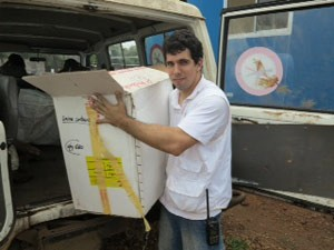 O mineiro Guilherme Simão Gontijo, responsável pela farmácia central que atende a dois campos de refugiados do MSF no Sudão do Sul (Foto: Gregory Vandendaelen / MSF)