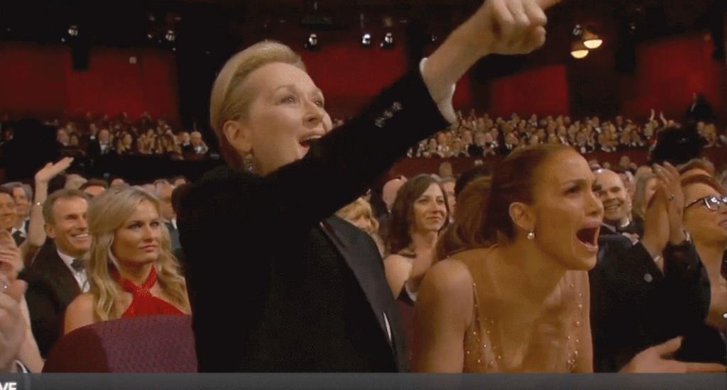 Meryl Streep e Jennifer Lopez apoiam o discurso de Patricia Arquette (Foto: Reprodução/YouTube)