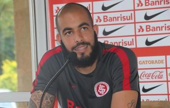 """Realizado, Danilo agradece a Tite: """"Disse que eu seria um grande goleiro"""""""