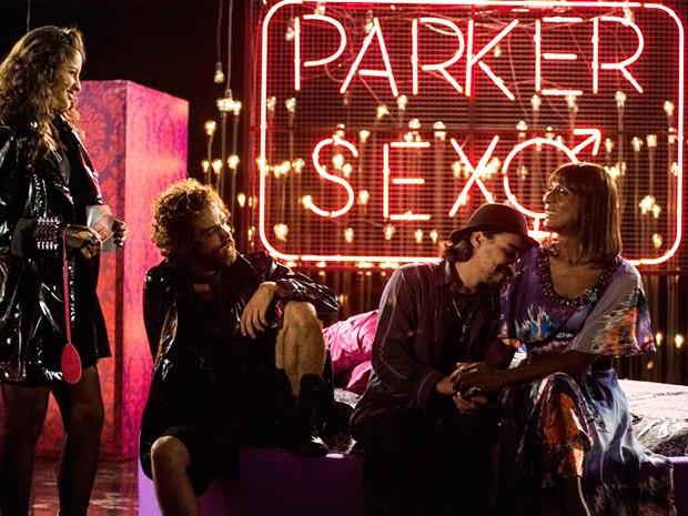 Dorothy decide assumir tudo no Parker Sexo e Cidão paga o maior mico (Foto: Ellen Soares/TV Globo)