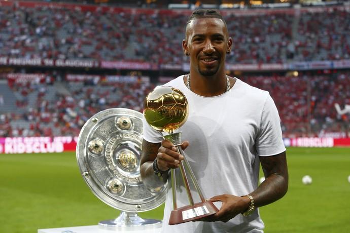 Boateng prêmio melhor jogador alemão 2015/16 (Foto: Reuters)