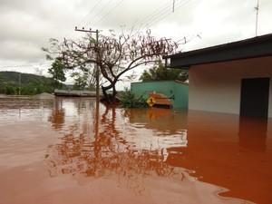 Porto Mauá teve aduana fechada após Rio Uruguai subir quase 15 metros (Foto: Vilson Winkler/Divulgação)