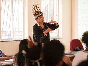 Almires Machado, da etnia Guarani, relatou em tese a história de sua aldeia. (Foto: Ascom UFPA)