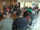 Governo e MST fazem acordo para o fim da violência no campo no Paraná