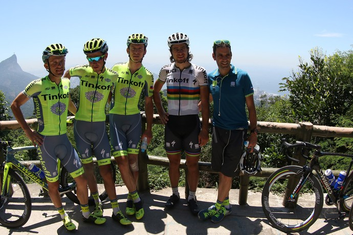 Durante reconhecimento, Peter Sagan e companheiros de equipe aproveitaram para apreciar a Vista Chinesa (Foto: Divulgação)