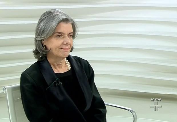 A ministra e presidente do STF, Carmen Lúcia, durante o programa Roda Viva na TV Cultura (Foto: Reprodução/TV Cultura)