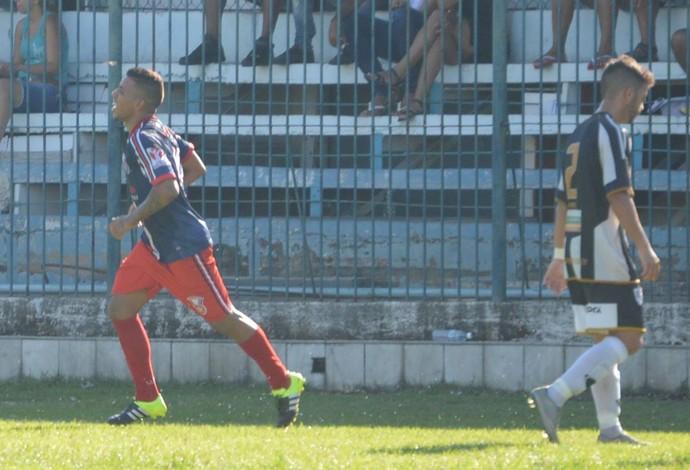 Yuri, Gonçalense, Botafogo (Foto: Marcos Faria)