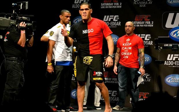 Pezão na pesagem do UFC (Foto: Adriano Albuquerque)