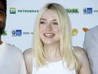 'Me considero uma menina normal', diz Dakota Fanning ao EGO