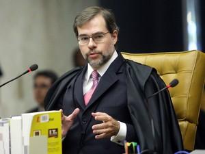 27 de agosto - O ministro Dias Toffoli deu o segundo voto de absolvição para o deputado João Paulo Cunha (Foto: Fellipe Sampaio/SCO/STF)