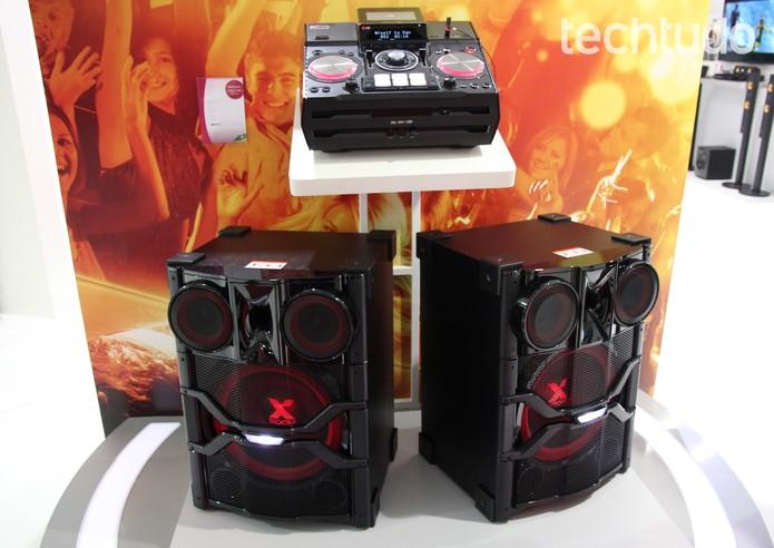 LG lançou um sistema de som para quem quiser ser DJ na sala de casa (Foto: Pedro Cardoso/TechTudo)