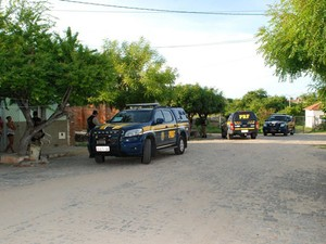 Operação Coiteiros foi deflagrada na manhã desta terça-feira em Caicó e cidades da região Seridó do RN    (Foto: Ilmo Gomes)