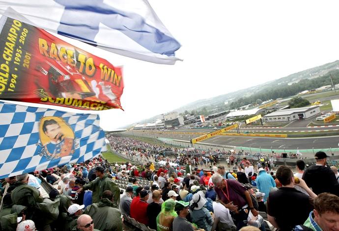 torcida GP Hungria F1 (Foto: AFP)