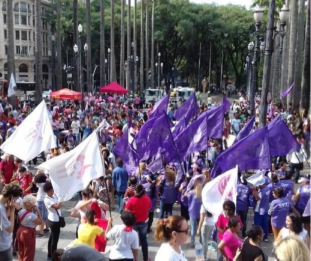 Na Praça da Sé, em São Paulo (SP) (Foto: reprodução/Instagram)