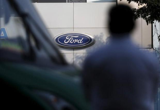 Funcionários da Ford entram em greve por tempo indeterminado