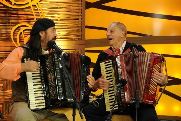 Adelar Bertussi toca com Porca Véia (Foto: Daniel Gebauer/Divulgação)