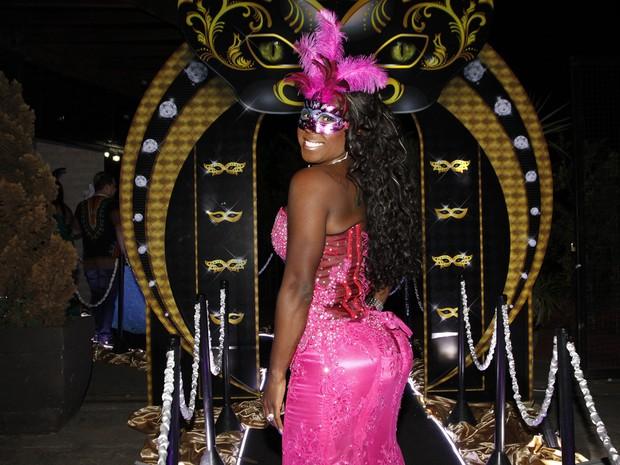 Ex-BBB Adélia em festa em São Paulo (Foto: Celso Tavares/ EGO)