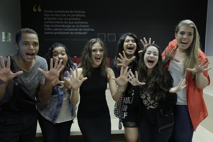 Fãs se divertem com Juliana Paiva em ação promovida pelo Gshow (Foto: Thiago Fontolan/Gshow)
