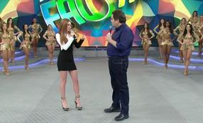 Marina Ruy Barbosa é aplaudida pelo público do 'Domingão do Faustão'
