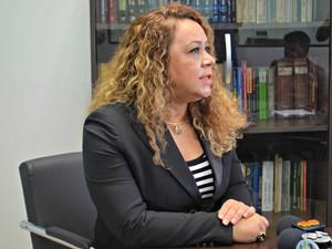 Juíza Luana Campos dediciu interditar presídio alegando superlotacação e falta de cumprimento de acordos feitos com o Iapen (Foto: Quésia Melo/G1)