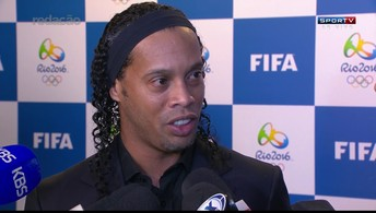 """Ronaldinho Gaúcho, sobre sorteio: """"Acho que dei sorte para o Brasil"""""""