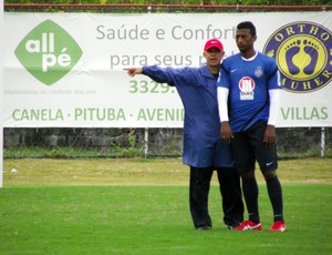 elias e jorginho em treino do bahia (Foto: Jayme Brandão/Divulgação/EC Bahia)